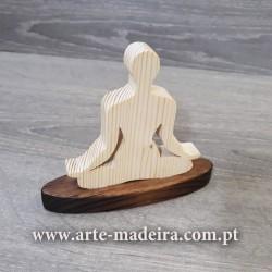 Yoga boneca de madeira artesanal