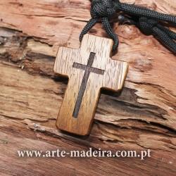 Cruz Católica de madeira