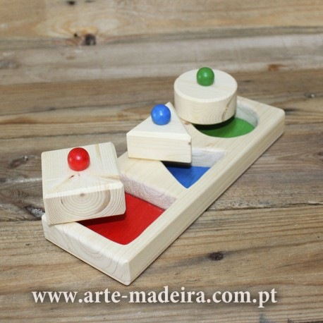 Wooden educational toy puzzle